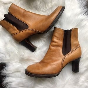 COLE HAAN Country Leather Ankle Boots Booties 7